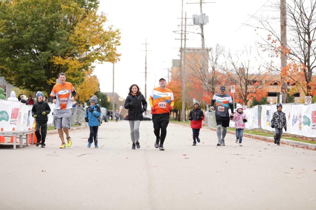 2018 Grand Rapids Marathon Team World Vision